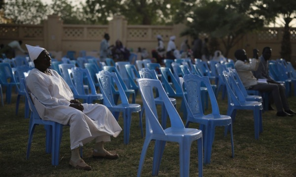 http://www.theguardian.com/world/2015/apr/12/sudan-activists-call-for-mass-boycott-of-presidential-election#img-2
